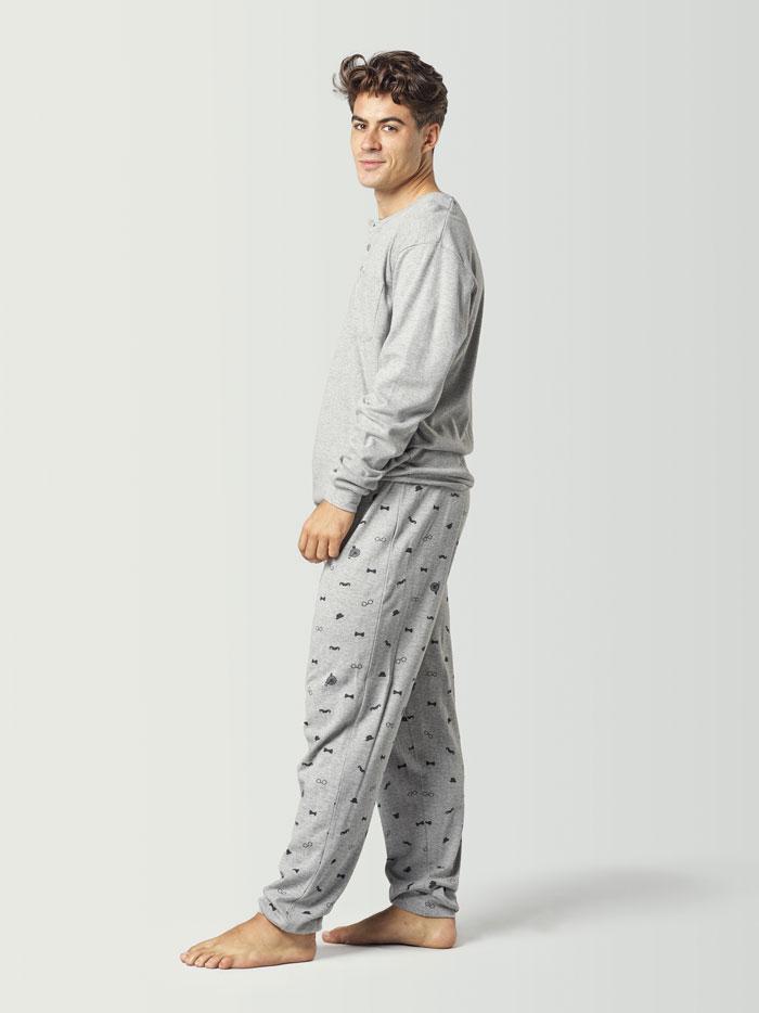 Pijama color gris para hombre de invierno
