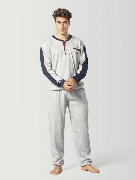 Pijama tipo chándal gris para chico