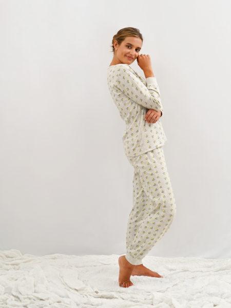 Pijama de mujer de algodón con flores