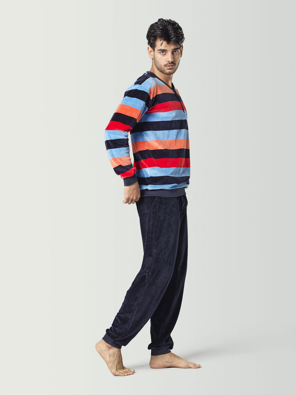 Pijama de terciopelo para chico