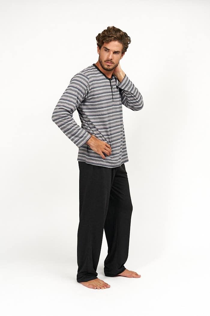 Pijama hombre combinado