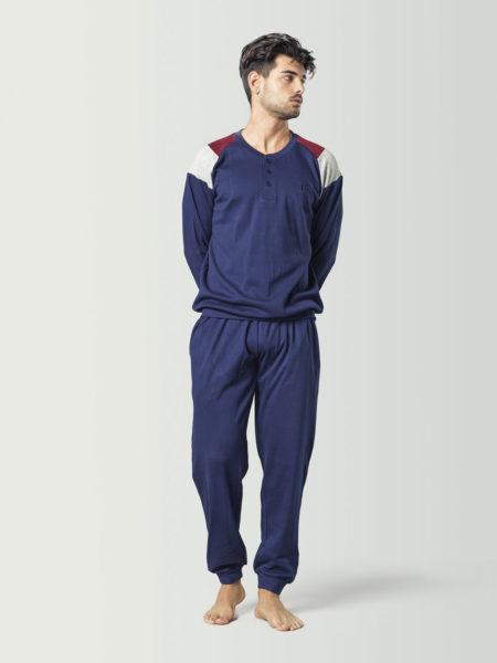 Pijama tipo chándal azul para chico