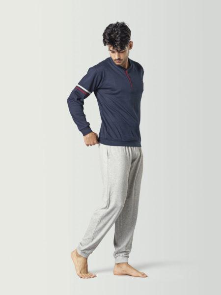 Pijama tipo chándal azul y gris para chico